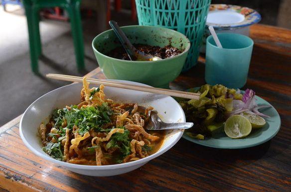 Thai khao soi curry