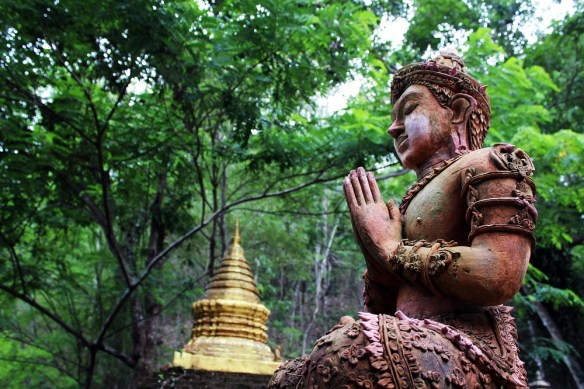 24 hours in Chiang Mai, jungle stupa
