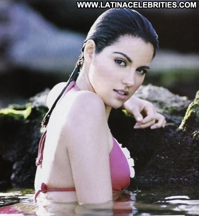 Maite Perroni H Para Hombres International Medium Tits Singer Latina