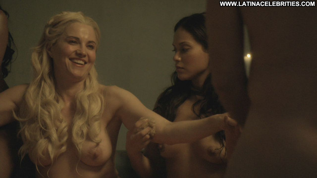 Nude Celebrity New Zealand Pictures And Videos  Famous -8426