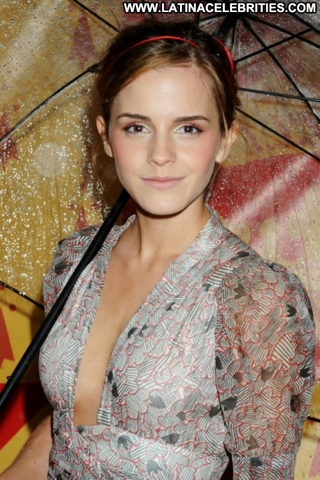 Emma Watson This Is The End Bar Celebrity Hot Bra Posing Hot Babe