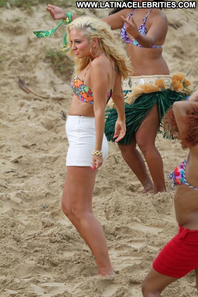 Tulisa Contostavlos Posing Hot Paparazzi Celebrity Babe Bikini Hawaii