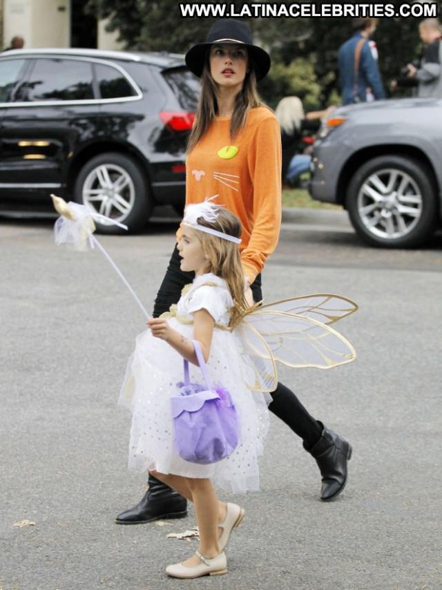 Alessandra Ambrosio Beautiful Celebrity Daughter Posing Hot Babe