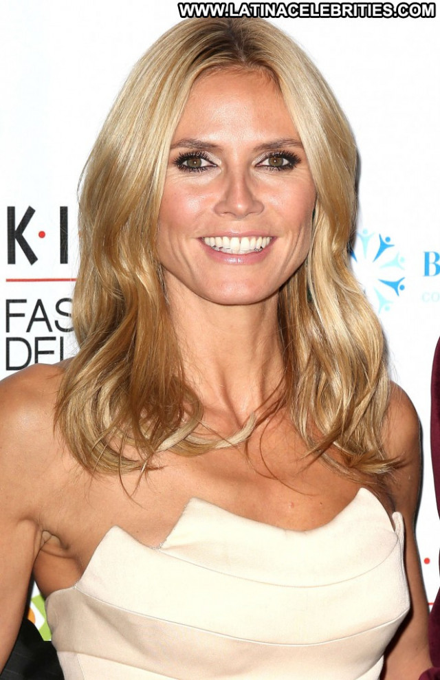 Heidi Klum New York Celebrity Posing Hot New York Paparazzi Beautiful