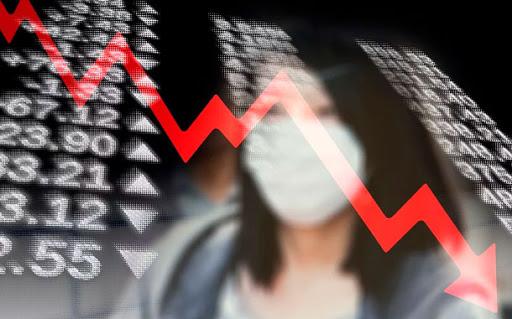 "Ugarteche: ""Estamos ante un colapso económico sin precedentes"""