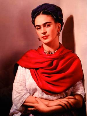 Frida in RED scarf_750