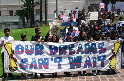 dream-act-mock-graduation-06.23.09-LA-city-hall-1024x676
