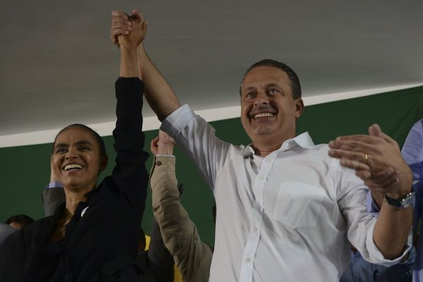 Marina Silva (left) in a 2013 photo with the late Eduardo Campos. (José Cruz/ABr)