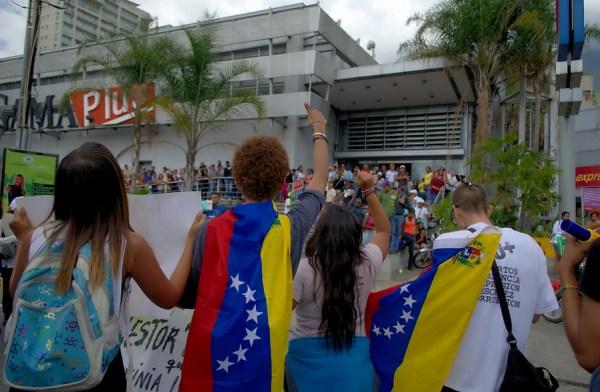Protesters in Caracas, Venezuela, January 2015 (Carlos Díaz/Flickr)