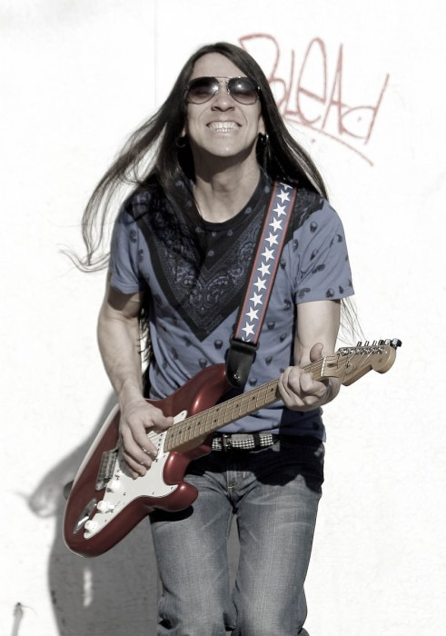 Singer-songwriter Boris Larramaendi