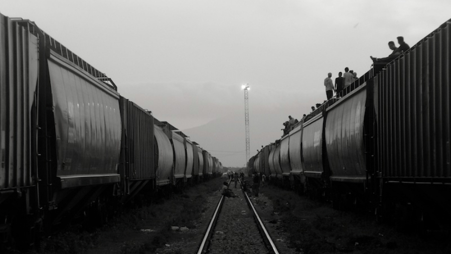 Migrants kill time in southern Mexico as they wait for the trains to depart. (Peter Haden/Flickr)