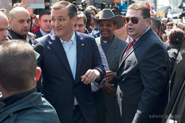 Republican presidential candidate Ted Cruz and Senator Rubén Díaz, Sr., a Pentecostal Bronx Democrat.