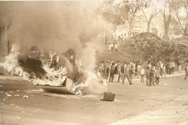 Rioting at Roosevelt Park in Albuquerque, New Mexico (Guy Bralley/Albuquerque Journal)
