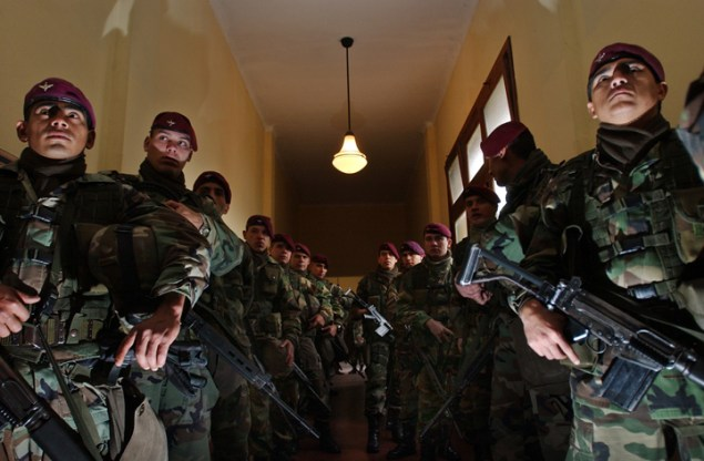 Mexican special forces in Michoacán, 2007 (Photo by Diego Fernández/Public Domain)