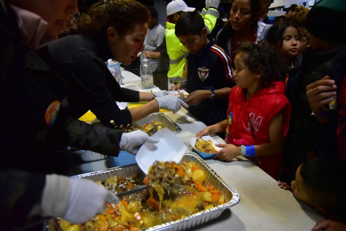 In Tijuana, Bringing a 'Sense of Normalcy' to Migrant Children, One Meal at a Time (PHOTO ESSAY)