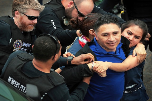 Reporter Freed From Immigration Custody Settles Lawsuits