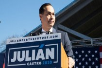 Julián Castro Says That Irony of People Telling His Generation That They Don't Speak Spanish Well Is a 'Bullshit One'
