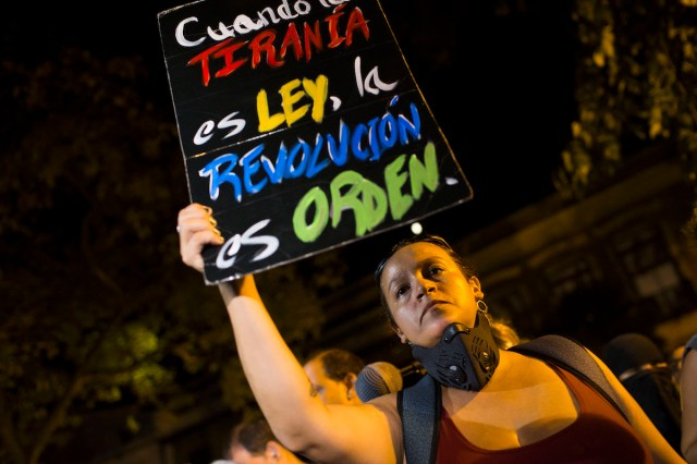 To Revolution or Not to Revolution: Puerto Rico After #RickyRenuncia
