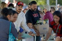 In California Blaze, Spanish-Speaking Immigrants Find Help