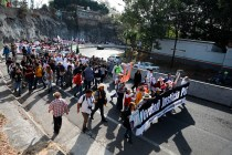 Crime Victims March to Mexico City to Protest Violence