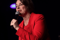 Amy Klobuchar Says She Was Nicknamed 'Elena' in Fourth Grade, Twitter Mocks It