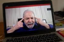 AP Interview: 'Lula' Says Bolsonaro a Disaster Amid Pandemic