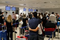 Wealthy Latin Americans Flock to US in Search of Vaccines