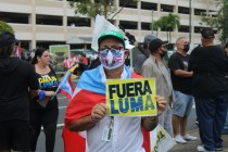Puerto Ricans March Down 'Las Américas' Freeway to Protest LUMA Energy