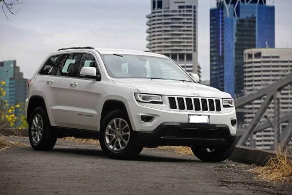 2015-Jeep-Grand-Cherokee-Laredo