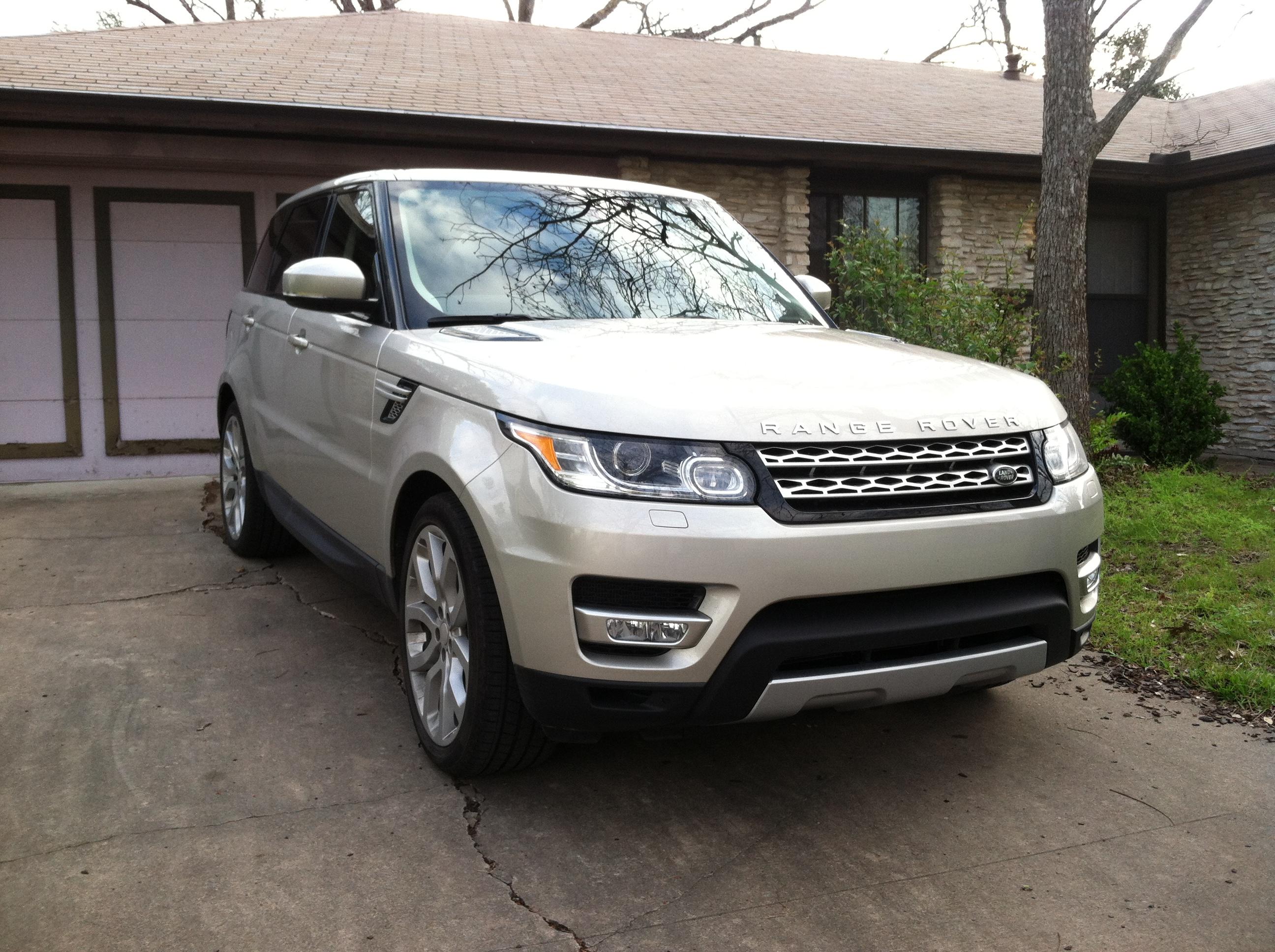 Land Rover – Latino Traffic Report
