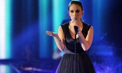 Elhaida Dani representará a Albânia no Eurovision 2015 com a canção I'm Alive