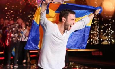 Måns Zelmerlöw após sua vitória no Eurovision 2015