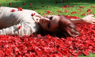 Fotografia da gravação do videoclipe de Sento Solo Il Presente, da cantora italiana Annalisa
