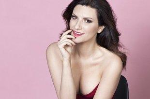 Laura Pausini tem motivos para comemorar o início de 2017