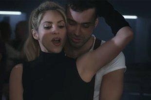 Shakira e Prince Royce estão bombando com Deja Vu