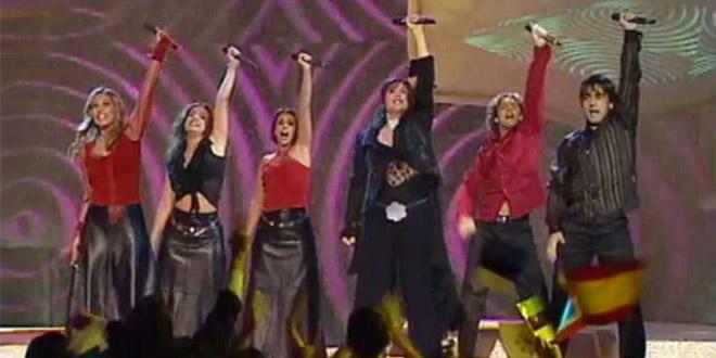 Rosa representou a Espanha no Eurovision 2002 com Europe's Living a Celebration
