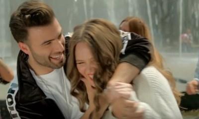Jencarlos e Joy assumiram romance em canção