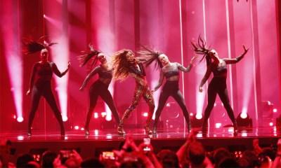 Eleni Foureira representa o Chipre no Eurovision 2018 com Fuego