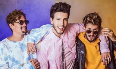 Ya No Tiene Novio feat. Mau y Ricky é a primeira música inédita de Sebastian Yatra desde o lançamento do disco Mantra