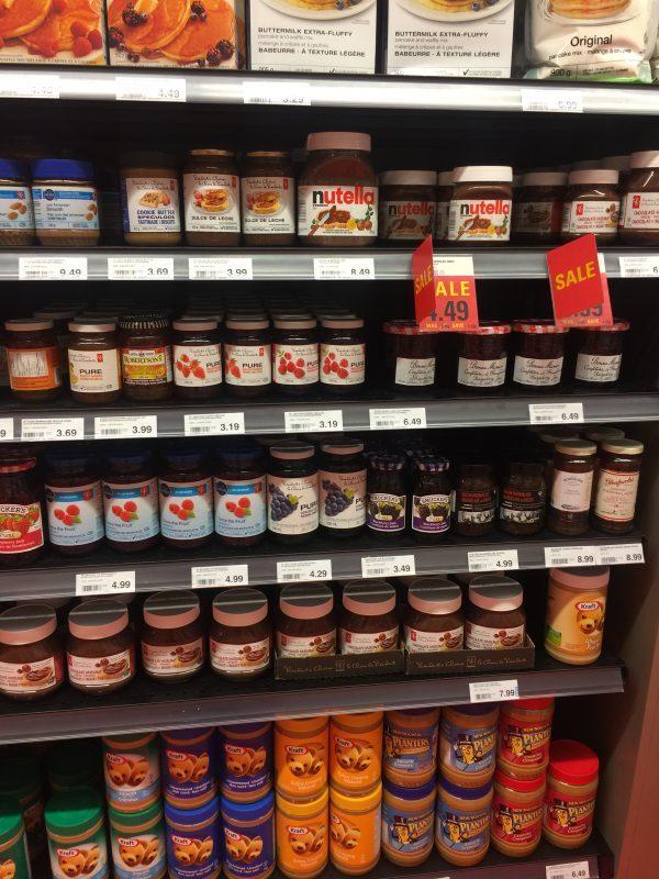 Mercado e Loja de Conveniência em Toronto