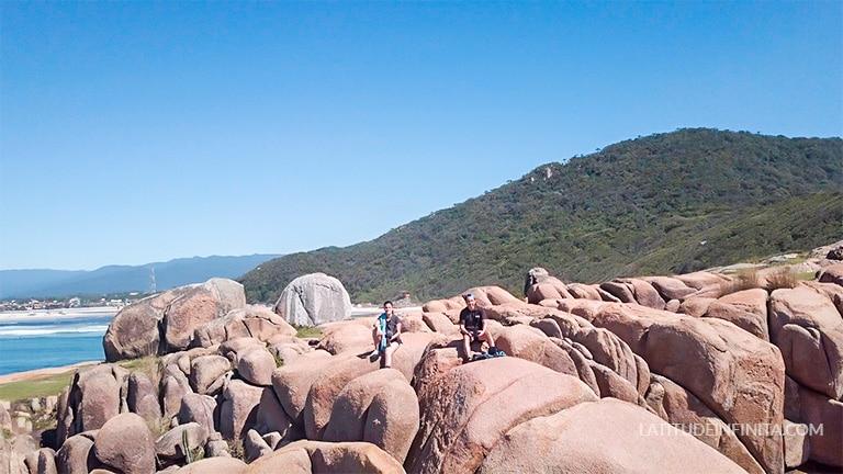 pedras guarda do Embaú