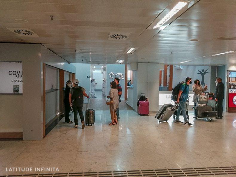 Teste RT-PCR no Aeroporto de Guarulhos