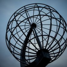 Mappamondo Capo Nord -Midnight sun at The North Cape-Christian Roth Christensen - VisitNorway.com (2)