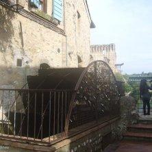 pale del mulino a Borghetto