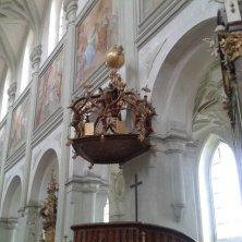 corona sul pulpito