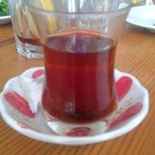 tè nel bicchiere a tulipano