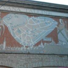 affresco con mappa Tallinn