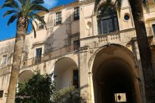 Palazzo Nicolaci cortile