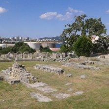 resti anfiteatro