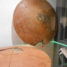 scudi funerari falisci